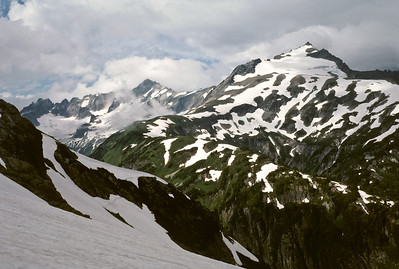BillEdwards-Ptarmigan Traverse-Sahale Arm-015.jpg - view from Cache Glacier