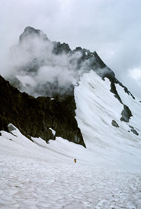 BillEdwards-Ptarmigan Traverse-Cache Glacier-016-Edit.jpg - Hiking up from Cascade Pass towards Cache Cole and Kool Aid Lake