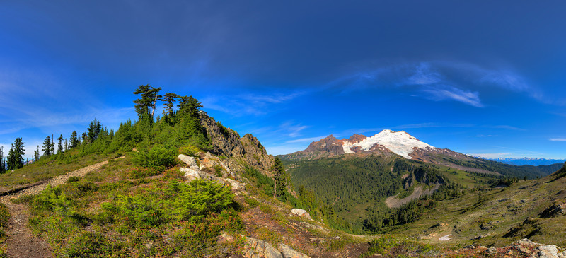 BillEdwards-Park Butte Mt. Baker Pano-V1.jpg